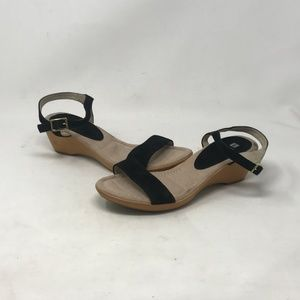 White Mountain Wedge Heel Tan/Black (b6b3)